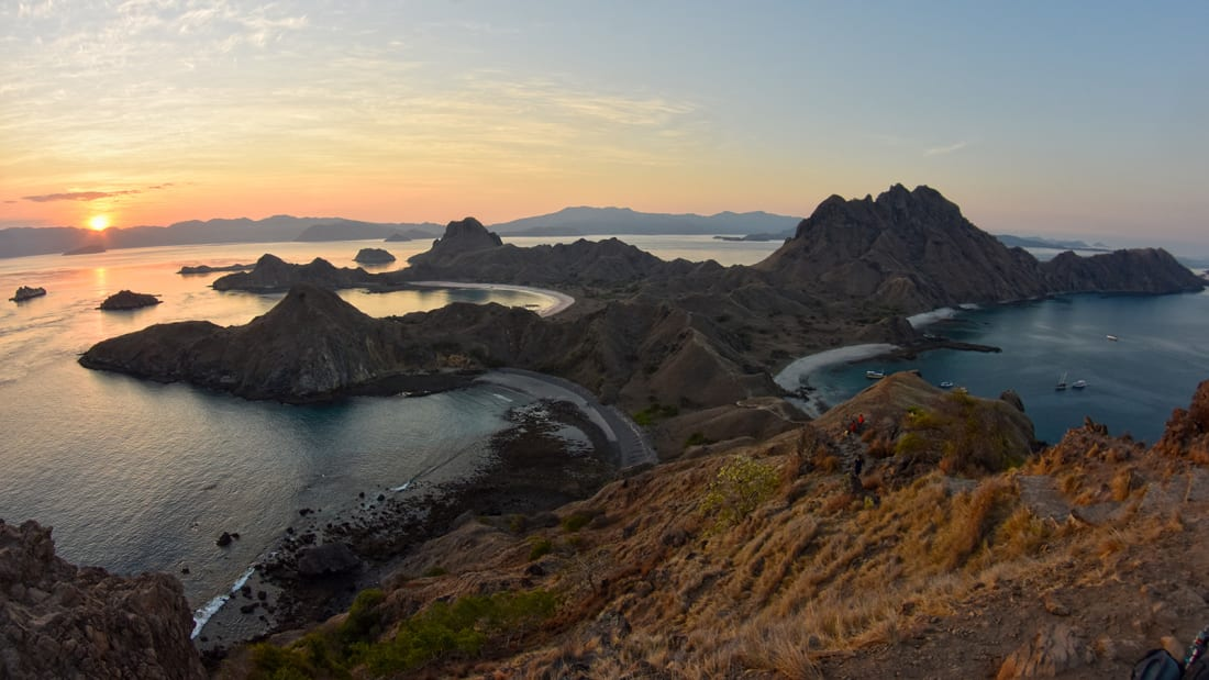 Read more about the article Indonesia's controversial 'Jurassic Park' challenge going forward in Komodo Nationwide Park